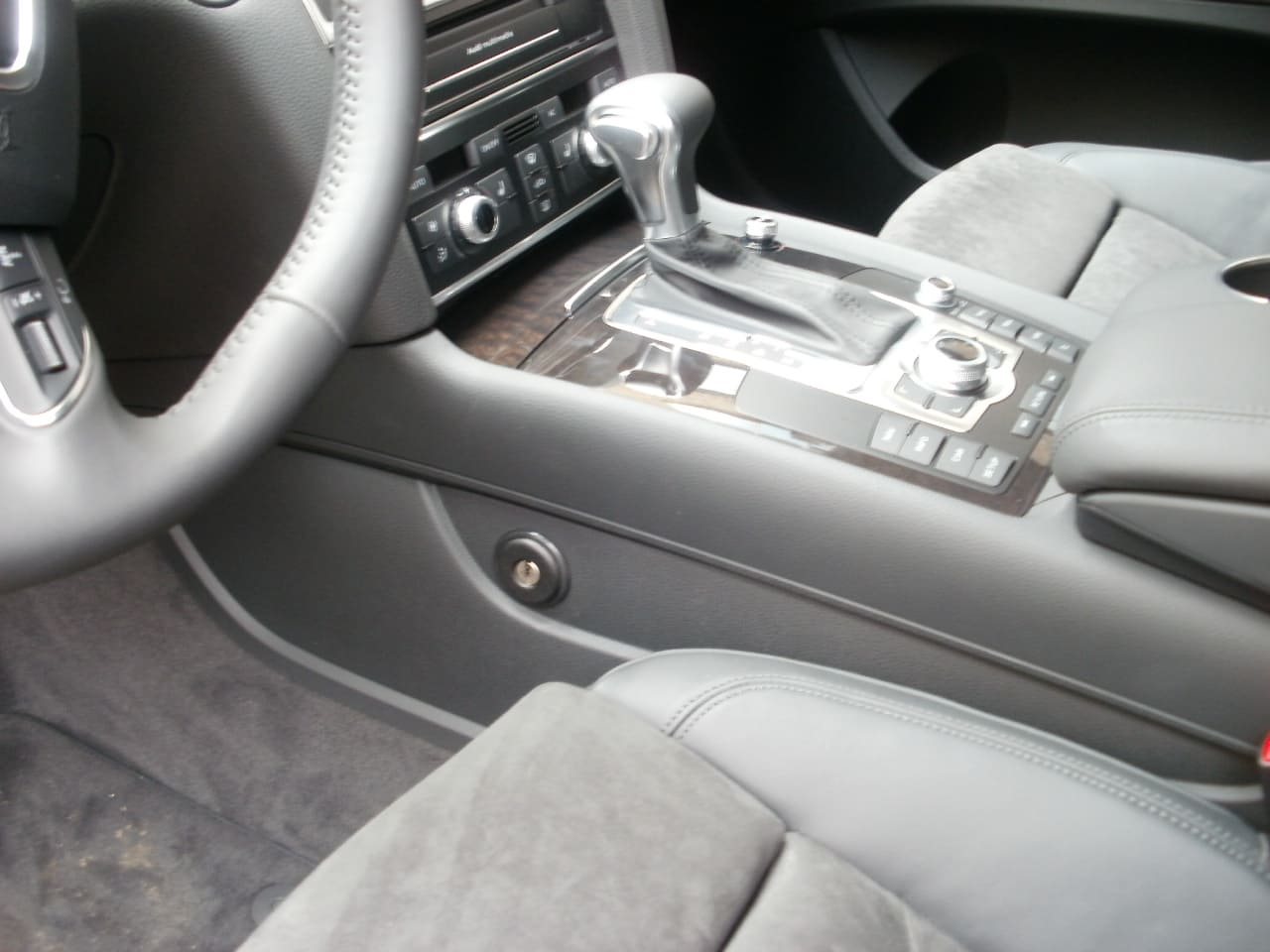 констракт на Audi Q7