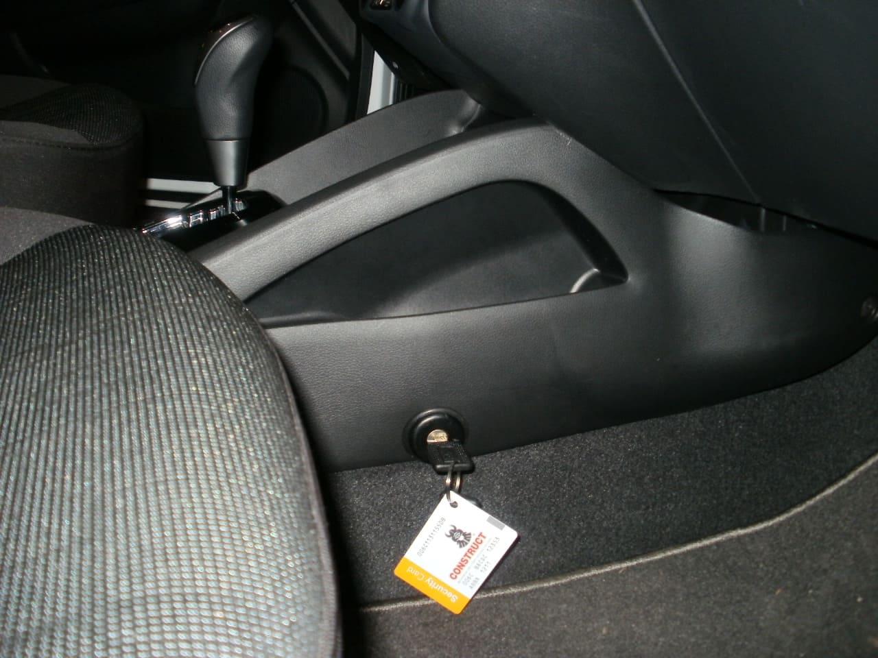замок на кпп констракт на Hyundai Accent